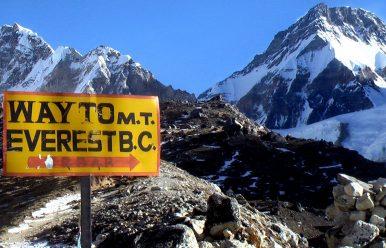 Best Time to Travel Everest Base Camp Trek