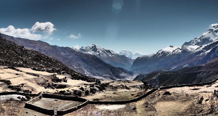 Trekking season in Nepal | best time for trekking in Himalayas