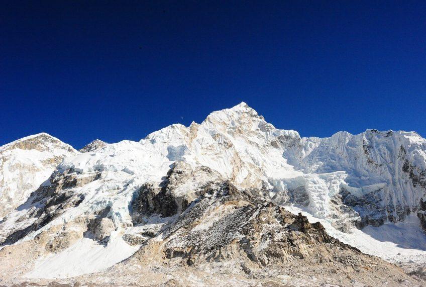 Everest Base Camp Packing List for Spring