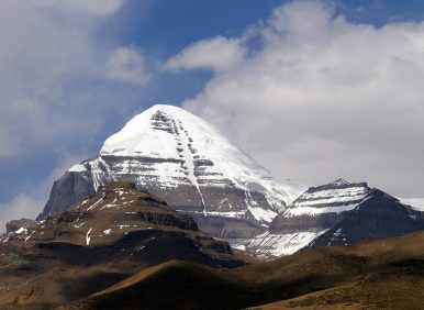 Kailash Mansarovar Including Everest Base Camp