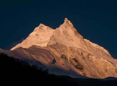 Manaslu-Tsum Valley Trek