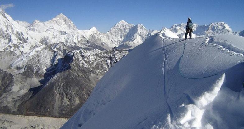 Everest Base Camp - Lobuche East Peak Climbing