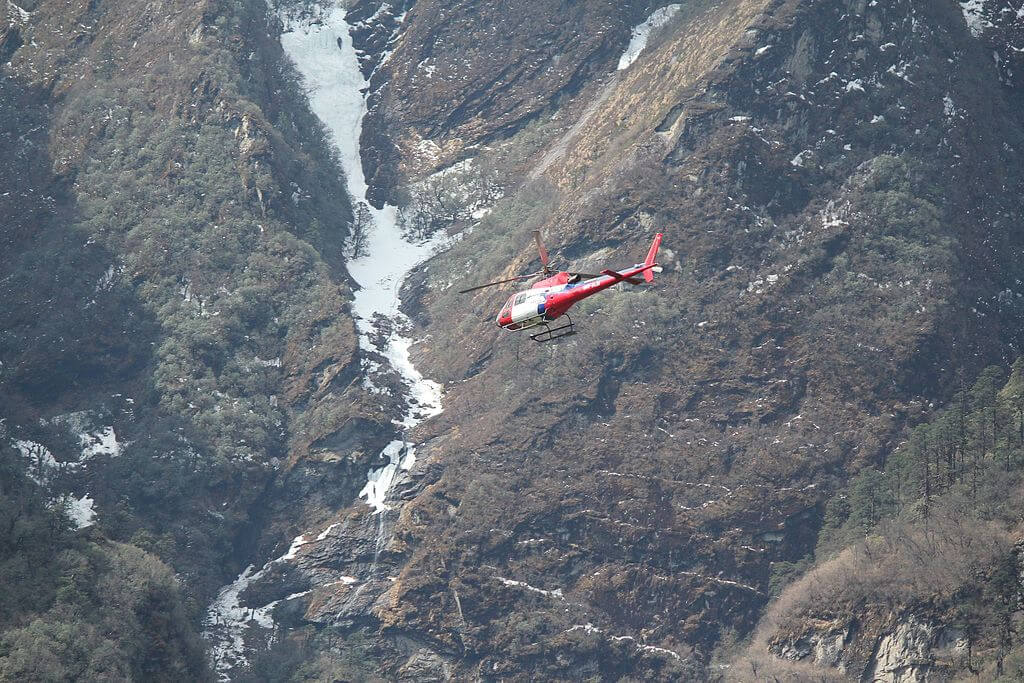 Helicopter tour to Everest Base Camp (EBC)