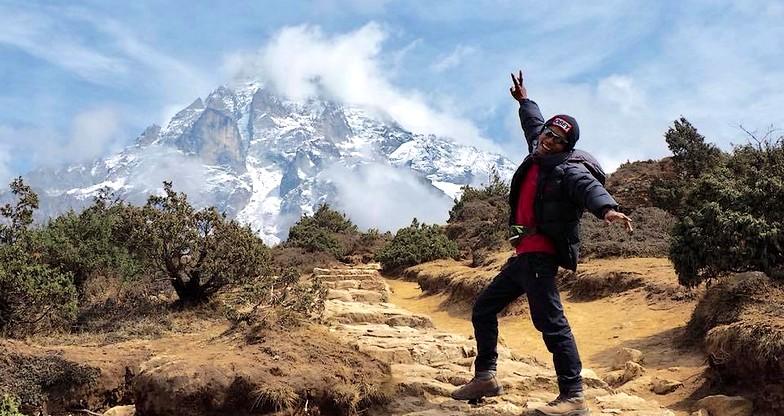 24 days Shivalaya-Gokyo-Cho-La Pass-EBC Trek