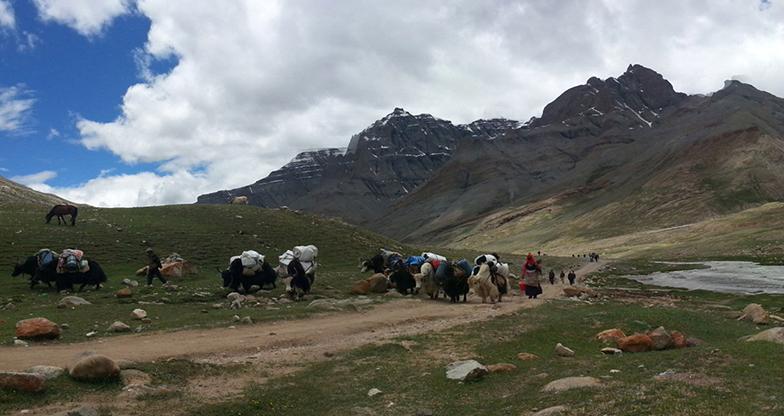 Kailash-Mansarovar-Heli-Tour-III