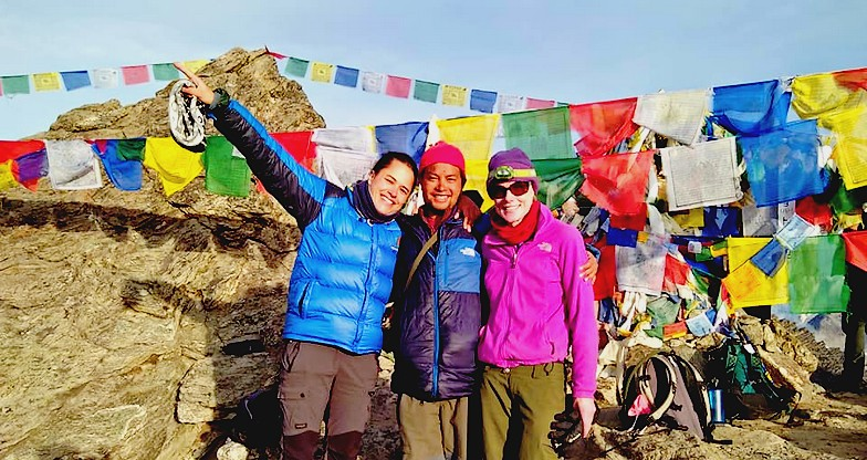 15 days Everest Base Camp – Cho-La Pass – Gokyo Trek5