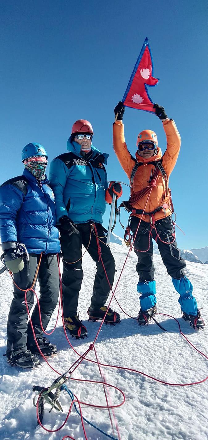 16 days Mera Peak Climbing (2)